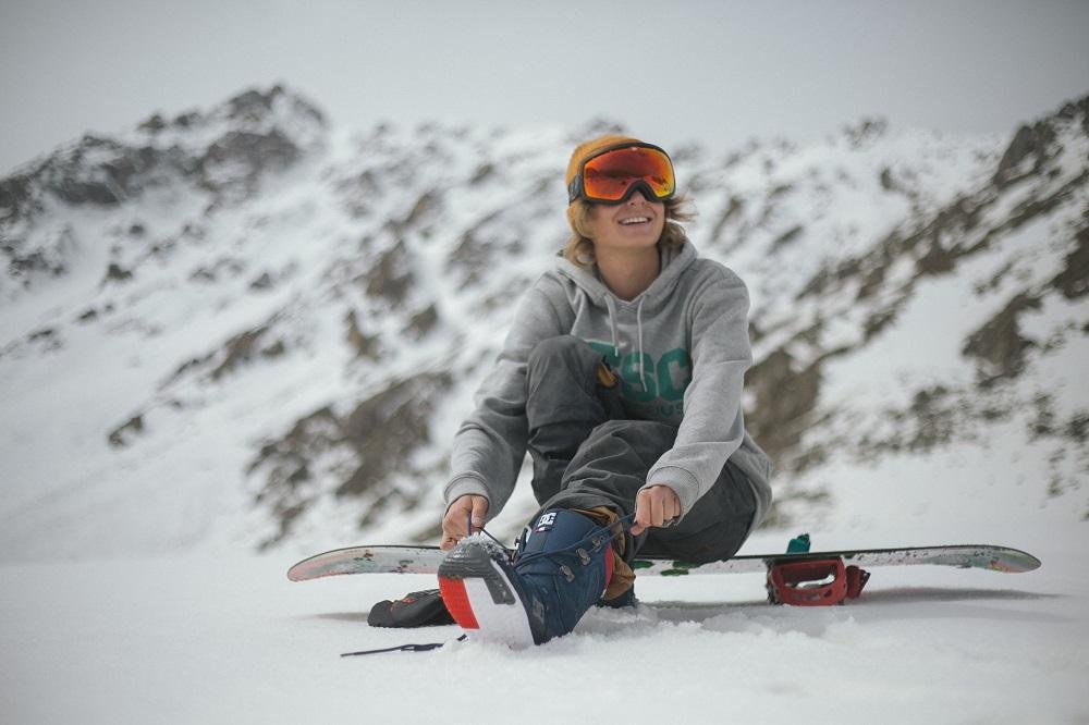 Snowboarding dla początkujących - sprzęt, pierwsze kroki na desce.
