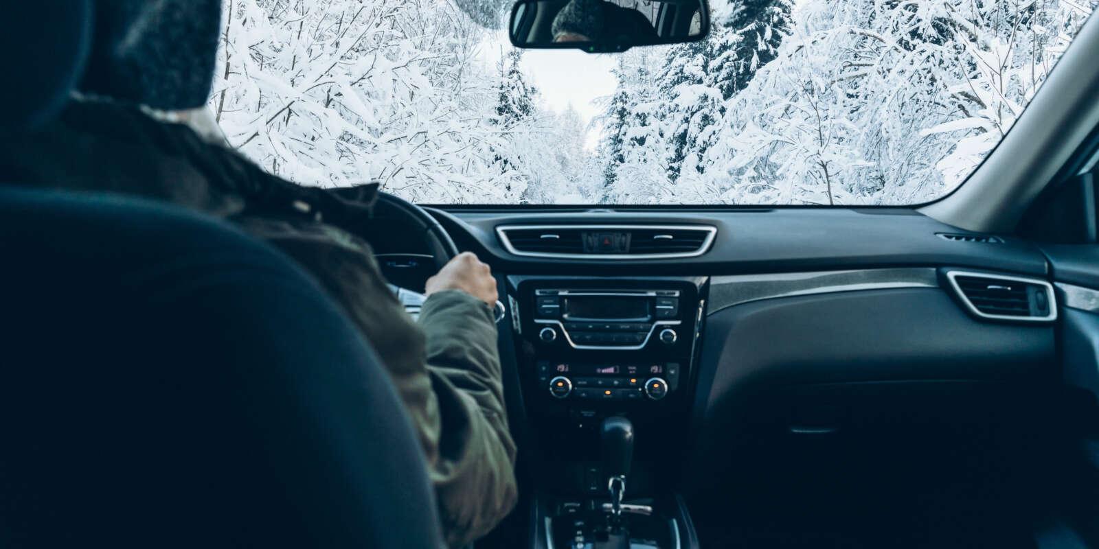 dbanie-o-auto-zima