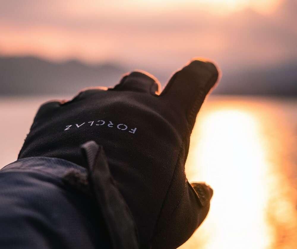 Uważaj na dłonie! – czyli rękawiczki do zadań turystycznych
