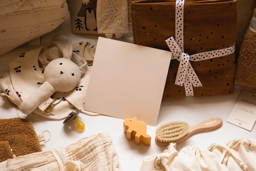 Prezent z okazji narodzin dziecka - karty wspomnień, kronika